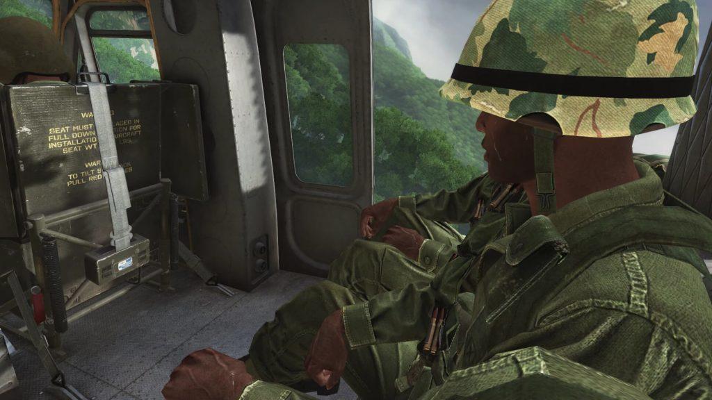 AK против M16