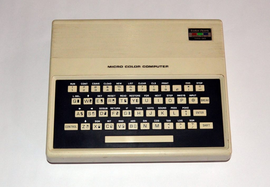 Tandy TRS-80 Micro Color Computer (1983)