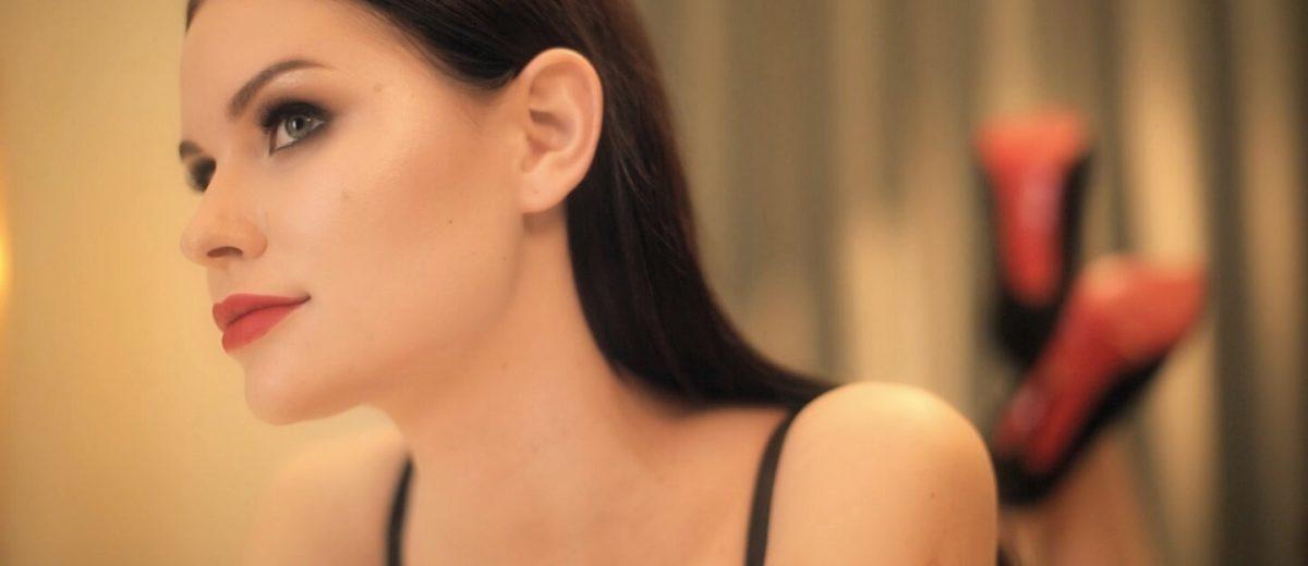 Может ли игра научить, как соблазнять женщин?