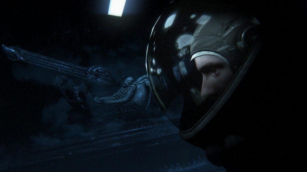 Член команды Марлоу и пилот.