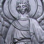 Особенности выбора качественного надгробия и его установки