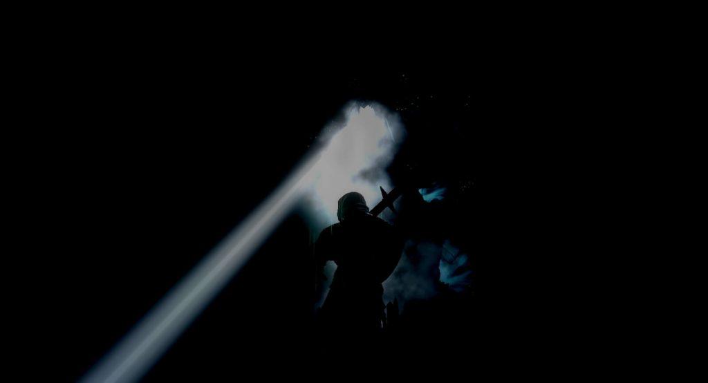 Мод для Dark Souls погружает всю игру во тьму