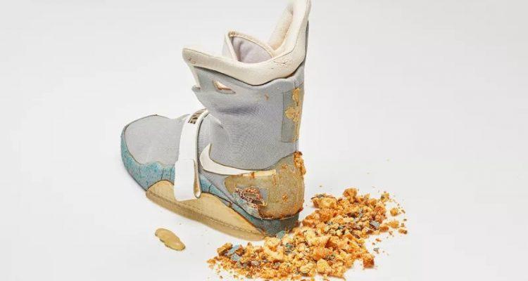 Оригинальные кроссовки из фильма «Назад в будущее» исчезают [Обновление: продано за 92 000 долларов]