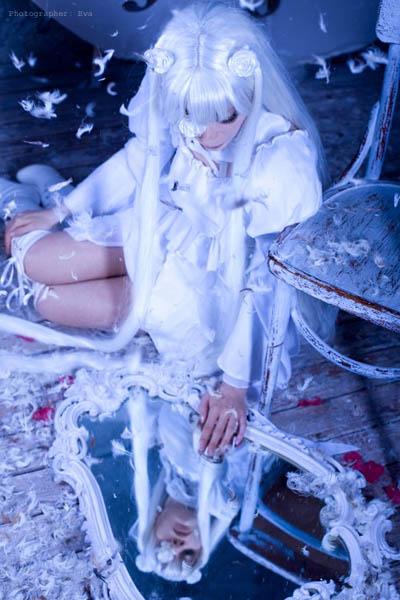 Прекрасный косплей Киракишо - живой куклы из аниме Rozen Maiden