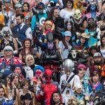 Целая толпа косплейщиков по Overwatch