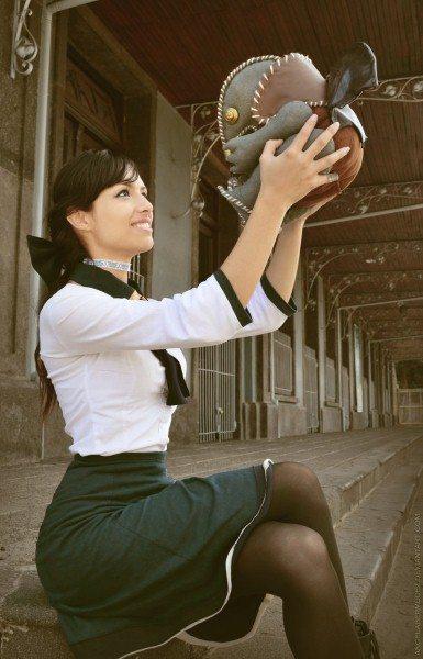 Ягненок Колумбии: милый косплей Элизабет из Bioshock Infinite!