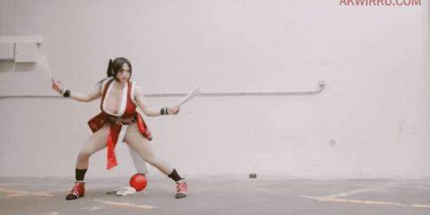 Косплей на Мэй Ширануи станет только лучше, если задействовать боевые движения и стойки