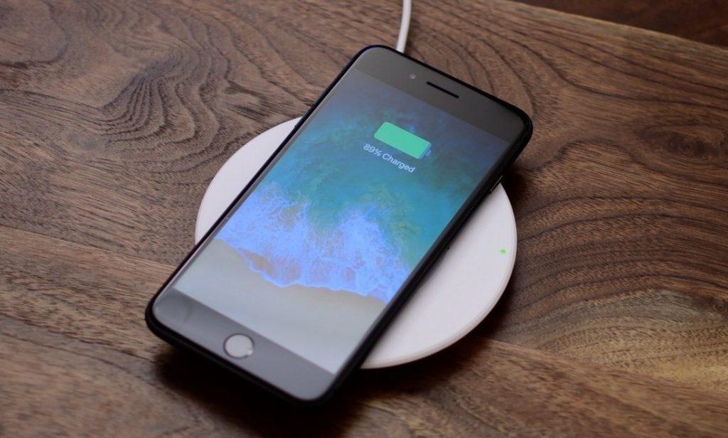Новый iPhone от Apple имеет серьезные проблемы