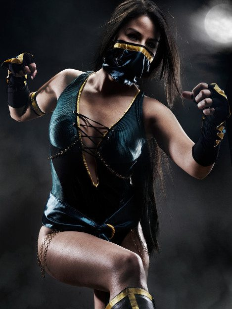 Нокаут-косплей Джейд из Mortal Kombat
