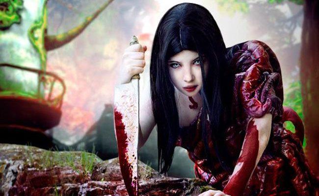 Потрясающе-ужасающий косплей Fleshmaiden из игры Alice: Madness Returns
