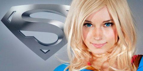 Комикс-косплей: Супергёрл «крадёт» шоу!