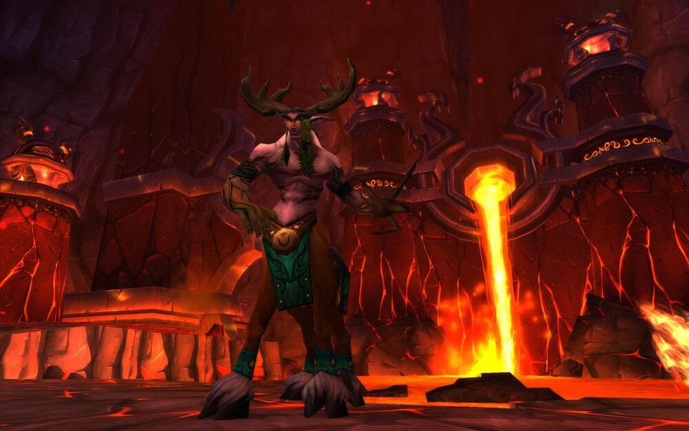 Почему все эти отчаянные фанаты старого World of Warcraft до сих пор играют в их самое ненавистное дополнение