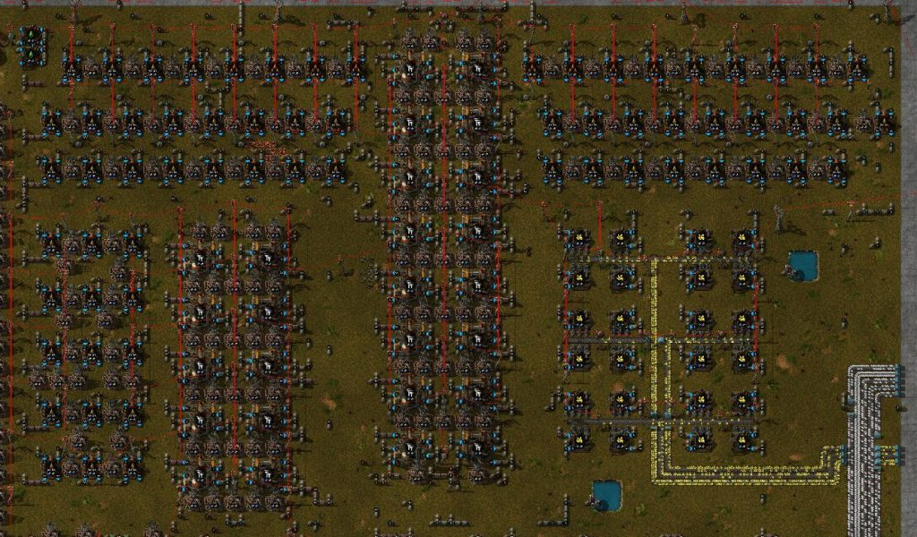 Посмотрим на что похожа фабрика в Factorio после 500 часов работы