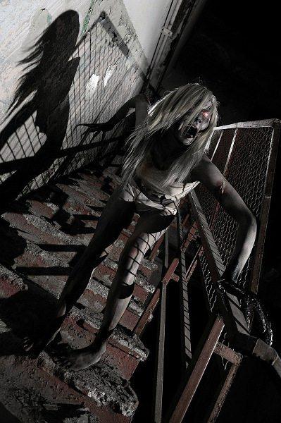 Жуткий косплей Ведьмы, от которого у вас застынет кровь в жилах