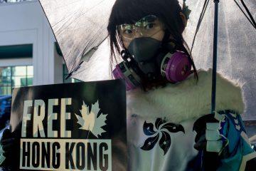 Неизбежный косплей Мей из Overwatch в поддержку Гонконга