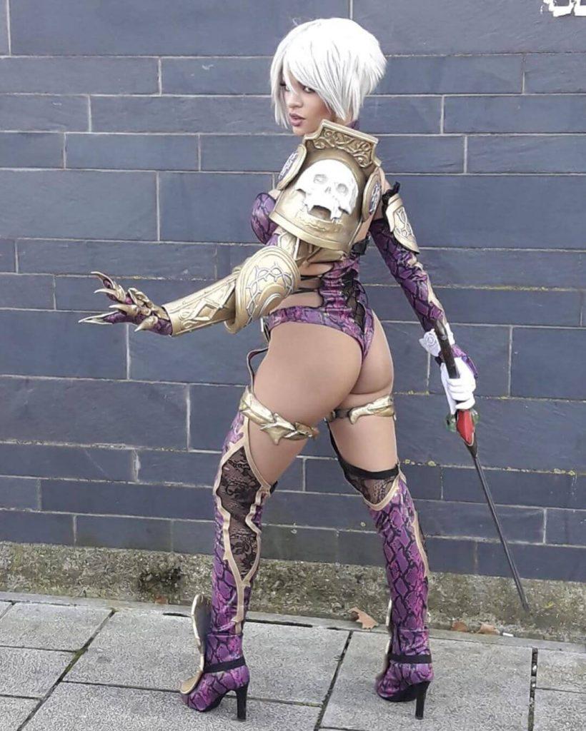Косплеер Soul Calibur выглядит так же шикарно и беспощадно как и культовая Ivy Valentine