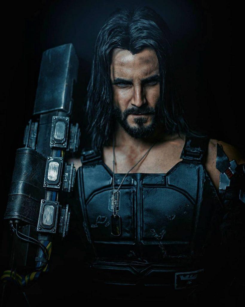 Косплеер потрясающе воссоздал образ Джонни Сильверхенда из Cyberpunk 2077