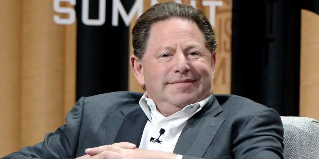 Президент Activision Blizzard дал свой номер телефона 10 000 сотрудников