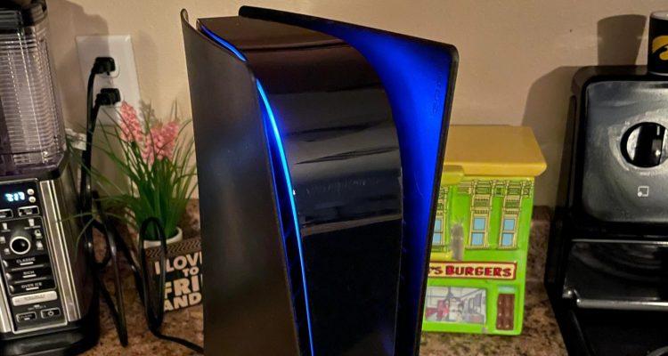 Пользователи PlayStation 5 раскрашивают свои консоли