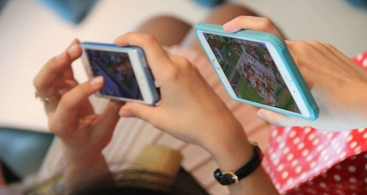 Большинство японских подростков избегают внутриигровых покупок